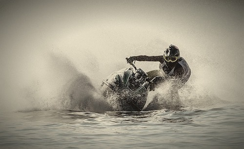 jet-ski-riding
