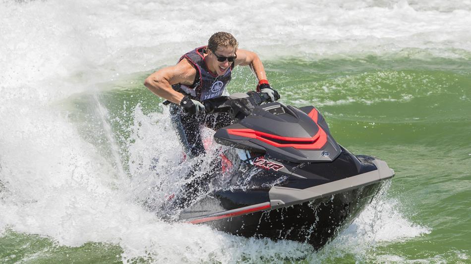 how jet skis work?